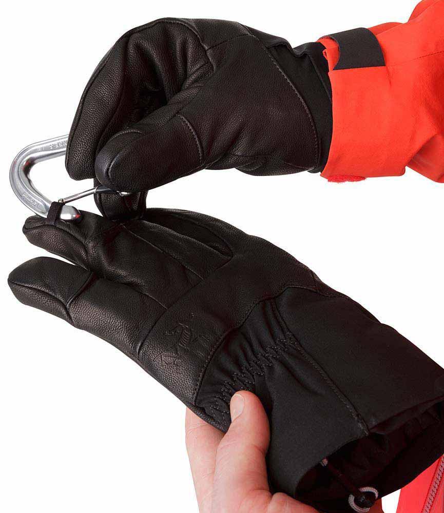Arc'teryx Beta AR Glove - Women's Review | OutdoorGearLab