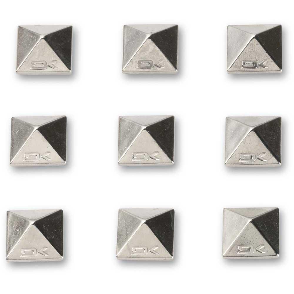 werkzeug-dakine-pyramid-studs-one-size-chrome